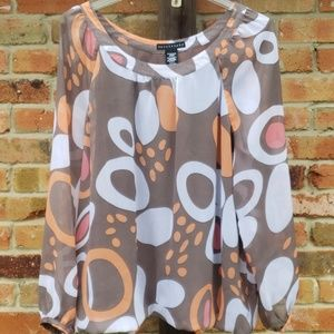 Tops - Retro lightweight long sleeved blouse SIZE XL.
